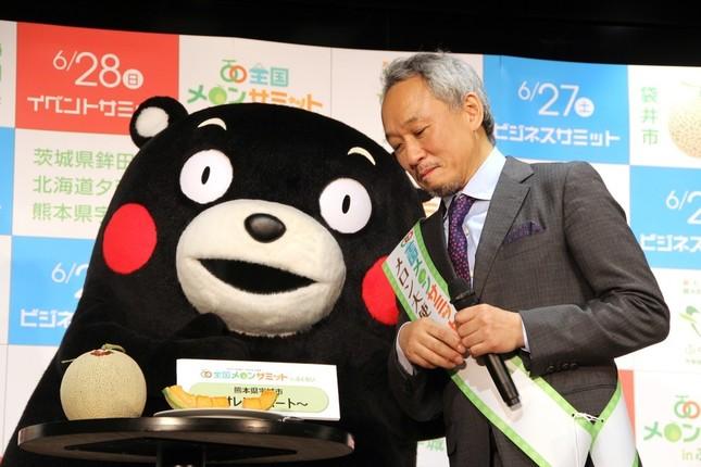 熊本県の営業本部長代理「くまモン」
