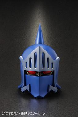 イギリスの名門ロビン家伝統の鉄仮面を再現