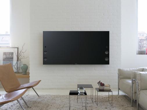 スマホやタブレットの写真・動画などをテレビに映し出す「グーグルキャスト」も利用可能