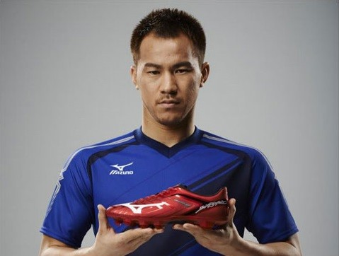 岡崎選手着用の「BASARA」の新カラー