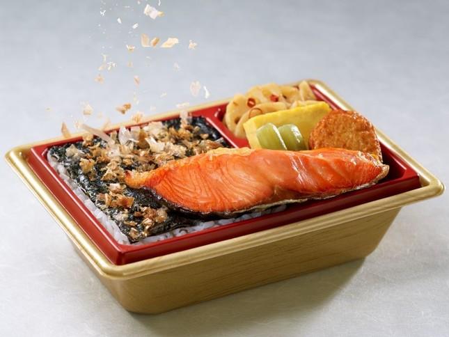 「新潟コシヒカリ紅鮭弁当」