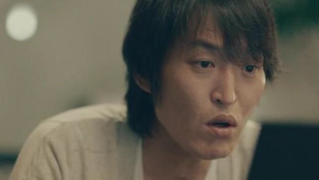 千原ジュニアさんは婚活支援サービスのイメージキャラクターに就任 特別動画にも出演している