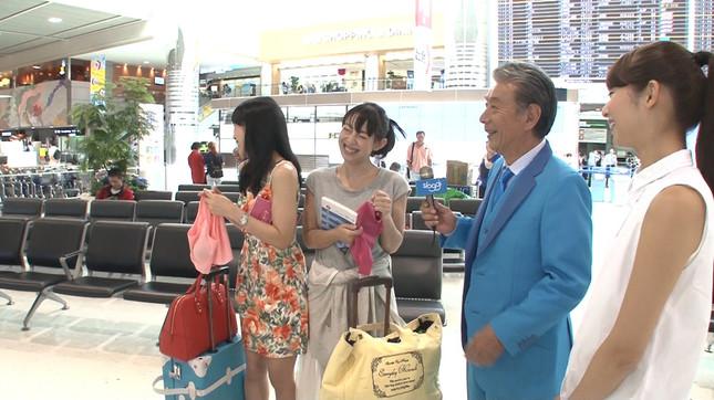 高田さんのテキトーな突撃インタビューに楽しげな女性たち
