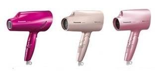 髪を乾かしながらヘアケアができる!(写真は、左から「EH‐NA97」ビビッドピンク、「EH‐NA57」ピンクゴールド、「EH‐NA27」ペールピンク)