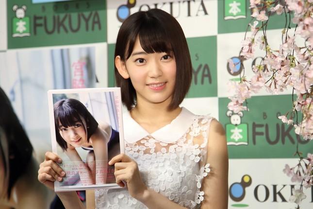 初めての写真集「さくら」を出版したHKT48の宮脇咲良さん