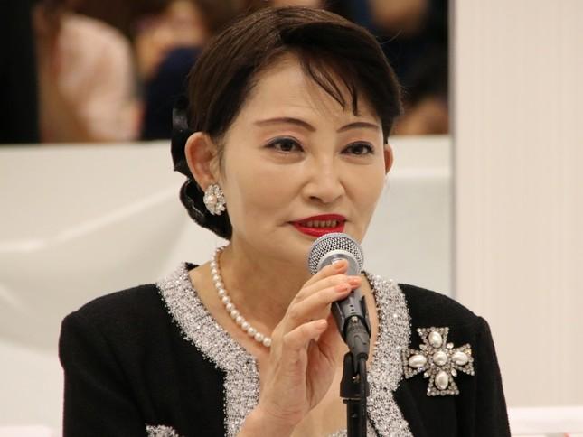 北村启子总经理出席开店剪彩