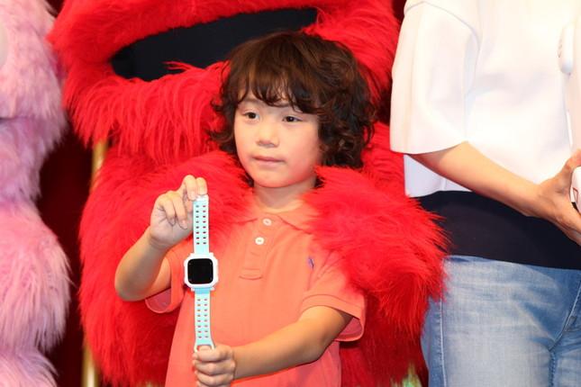 子役モデルの花田海里(かいり)くんにドコッチが贈呈された