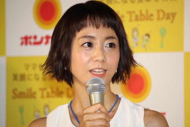 大塚食品「ボンカレー」の新ウェブCM発表会に出席した福田萌さん