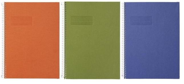 カラーはオレンジ、グリーン、ブルーの3色