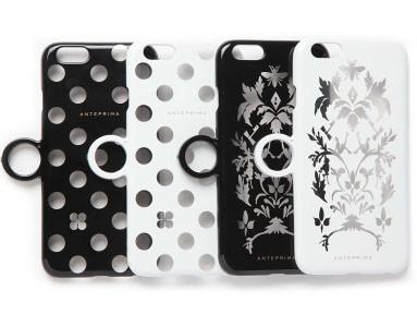 iPhoneのカラーとコンビネーションを楽しめる透け感あるデザイン