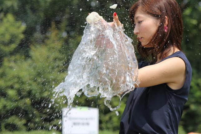 水の一瞬の美しさをとらえた写真を撮影するイベント「い・ろ・は・すMeet」が開催された
