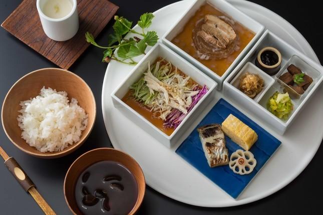 日本料理「金田中 草」の和朝食