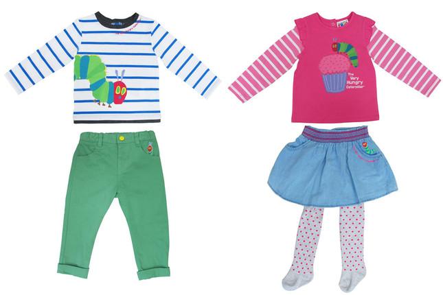 左から、長袖Tシャツとチノパンツ、長袖Tシャツとスカート&レギンスセット