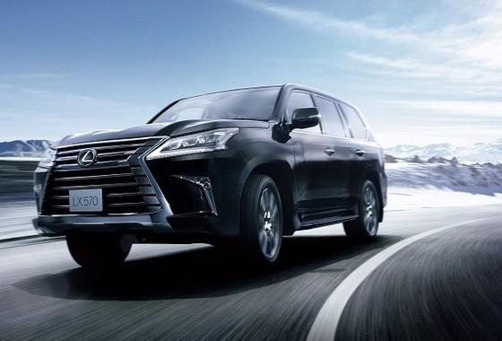 SUVラインアップの頂点日本導入 オプション装着車