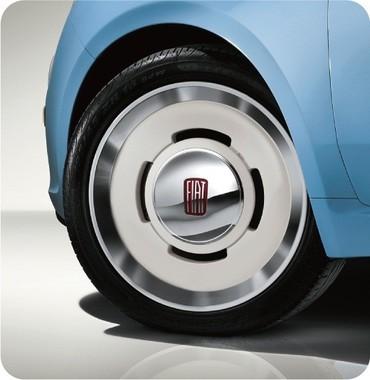 500 Vintage専用デザインのアロイホイール+195/45R16タイヤ