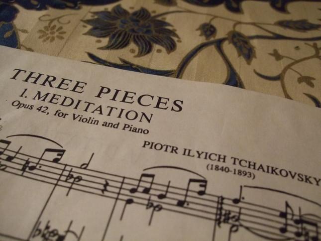 ただ単に『3つの曲』と楽譜に表記されることも