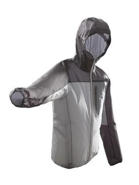 画像は「ストライクランニングジャケット」、モニュメントグレー×ブラック(メンズ)