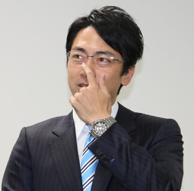 鯖江の眼鏡をかける小泉進次郎氏