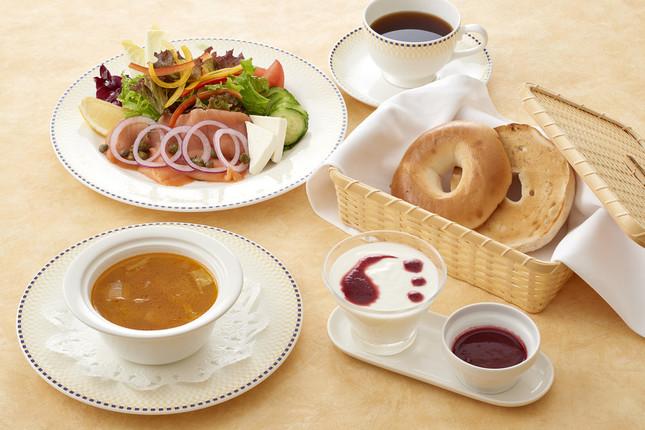 ルームサービスのご朝食(洋食)