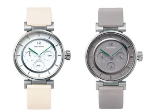 多針ミニモデルのホワイト・モデル(左)と300個限定のグレー・モデル