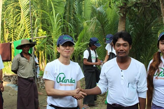 2か月に一度ミャンマーを訪れ、プロジェクトの進捗を確認する松浦社長