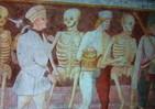 死神と骸骨がカチャカチャ骨の音を立てて踊り狂う おどろおどろしいサン=サーンスの交響詩「死の舞踏」
