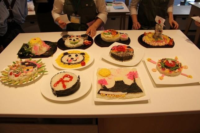 全10班のちらし寿司 どれも個性的だ