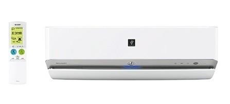 新たに、エアコン内部へのホコリの侵入を抑える「掃除アシストブラシ」を搭載