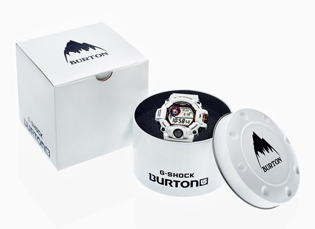 専用のパッケージも、ブランドの世界観を感じさせるスペシャルな仕上げ