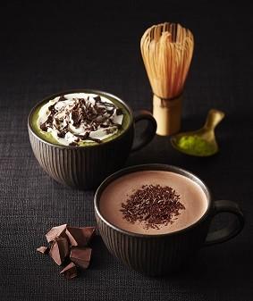 上品な「チョコレート&抹茶モカ」(左)と濃厚な「チョコリスタ」