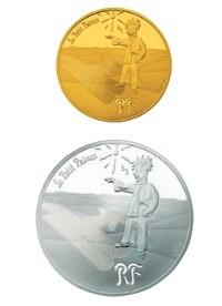 「砂漠に降りた王子さま」(上)50ユーロ金貨(下)10ユーロ銀貨