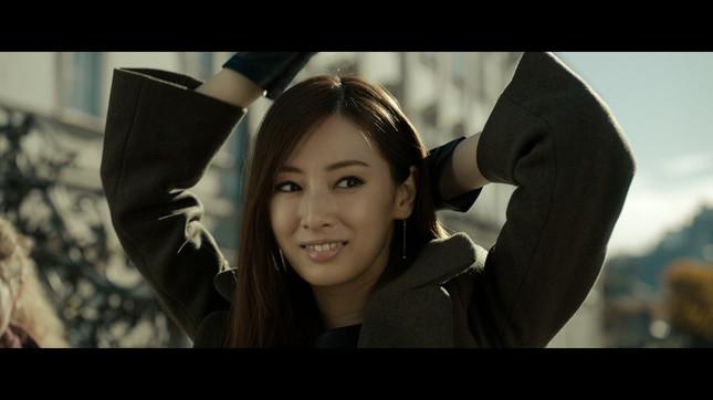 北川さんは結婚後初のCM登場