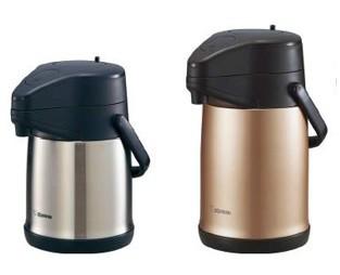 「高い保温・保冷力」で、飲み物の温度を長時間キープ!(写真は、左が「SR‐CC22」ステンレス、右は「「SR‐CC30」カッパー)
