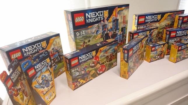 ネックスナイツから16種類のブロック玩具を発売