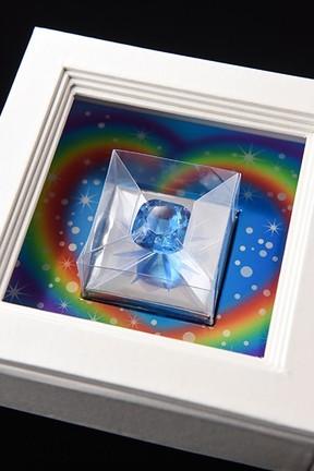 「幸運のお護り~ホープ~」は世界最大のブルーダイヤモンドがテーマ