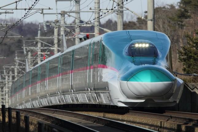 JR東日本の新幹線車両「E5系」は北海道新幹線も走る