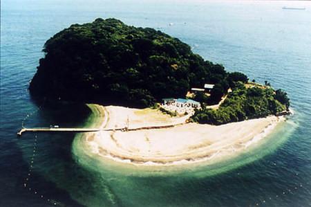 東京湾唯一の無人島「猿島」