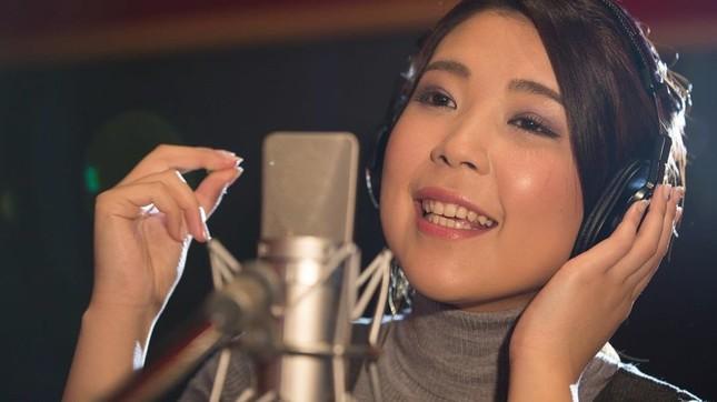 5月4日にiTunes配信デビューが決まったモニカさん