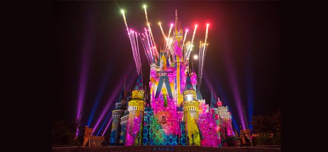 東京ディズニーランド「ワンス・アポン・ア・タイム」(c) Disney