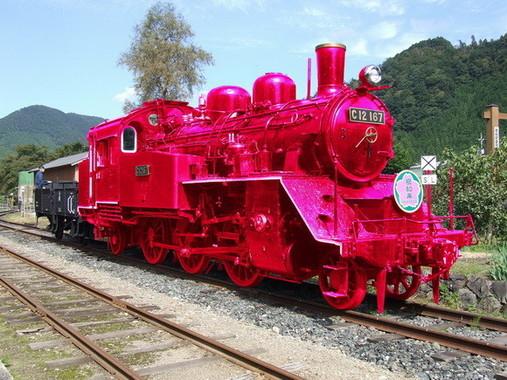若桜鉄道のピンクSLは、16年5月1日にお披露目の予定