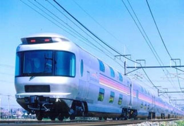 「カシオペア」車両を使用した臨時列車運行開始