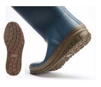 ソールがよく曲がり、足裏にフィットするから歩きやすい!