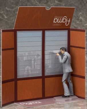 パッケージの背景紙にブラインド付きの課長室を印刷