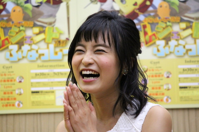 小島さんはちょっとクールな少女剣士を演じる