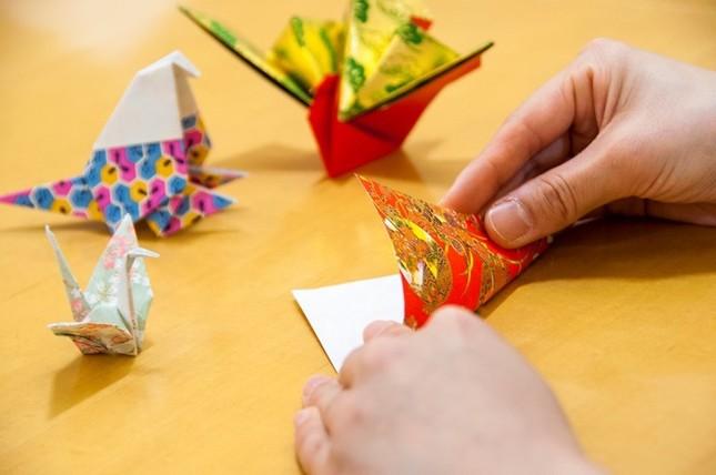 講師より折り紙体験レッスン