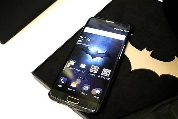 スマホ「Galaxy S7 edge Injustice Edition」は100台限定で、国内はKDDIのみ取扱い