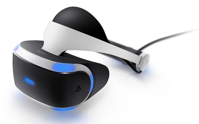ヘッドセットを被ると、迫力ある3D空間が出現