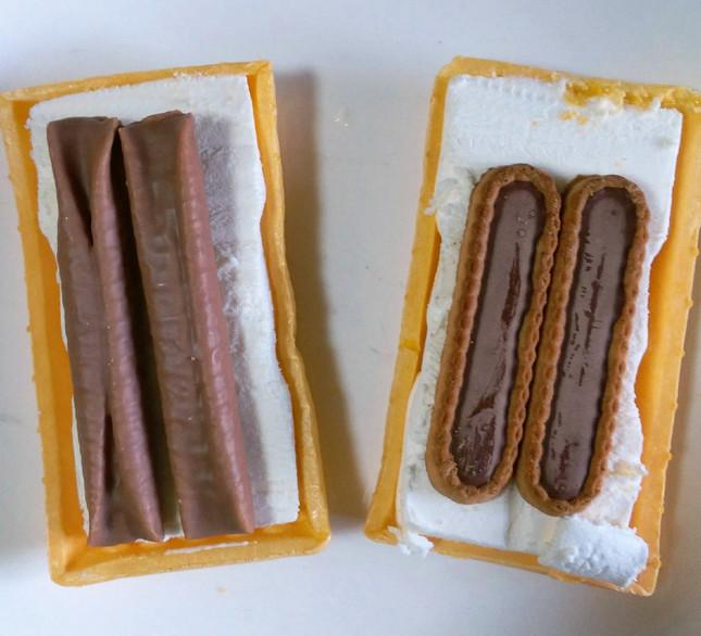 左から「ルマンドアイス」、「チョコリエールアイス」