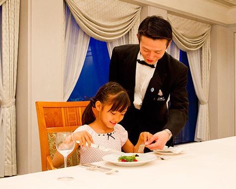 本格的な料理でテーブルマナー