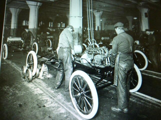 T型フォード量産の様子
